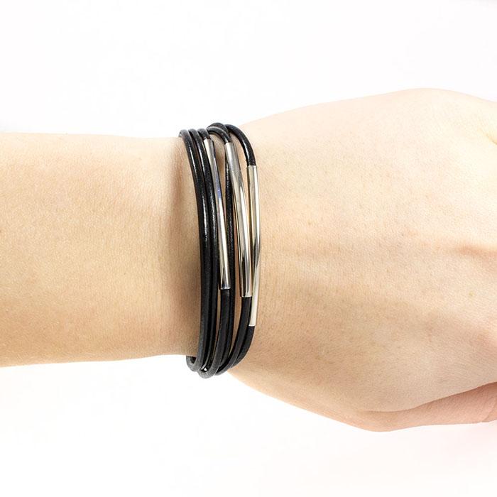 Кожаный браслет с металлической вставкой своими руками 39